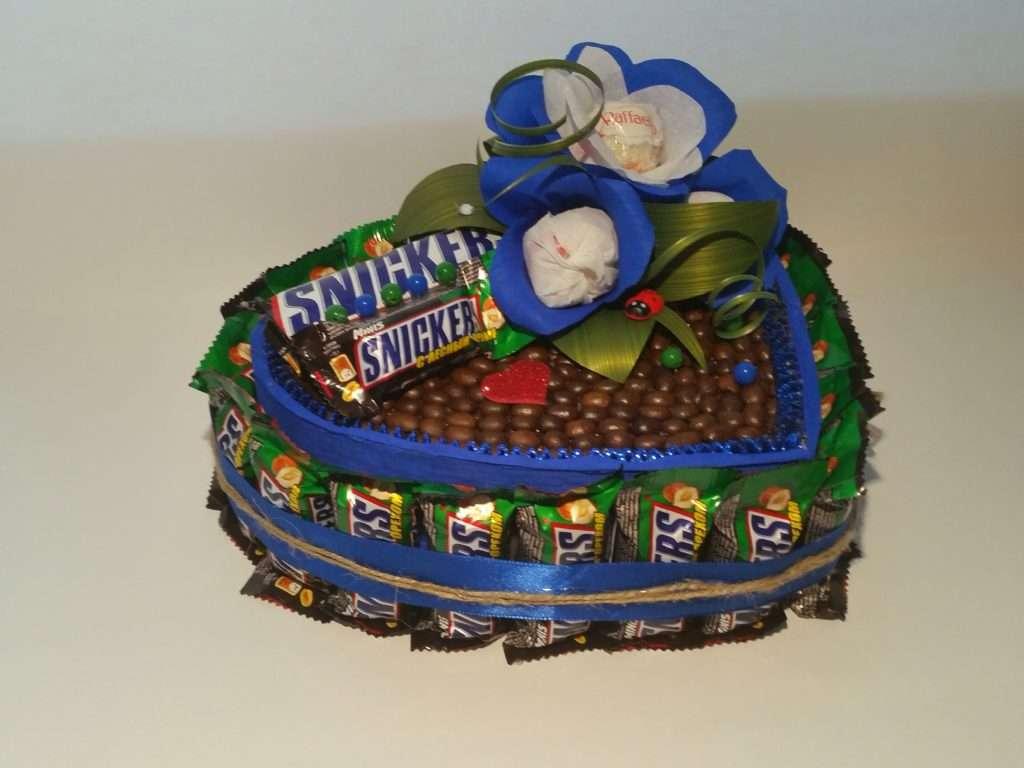 подарки из конфет на 23 февраля